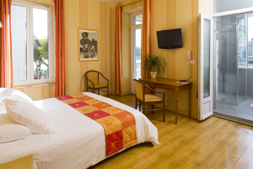 chambre d'hotel à Tain l'hermitage